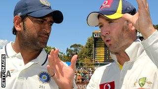 India skipper Mahendra Dhoni and Australia captain Michael Clarke