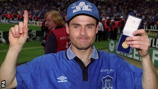 Former Everton winger Anders Limpar with his 1995 FA Cup winners medal