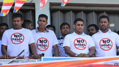 Members of Bodu Bala Sena wear anti-halal t-shirts at the rally in Maharagama, Colombo, on 17/2/13