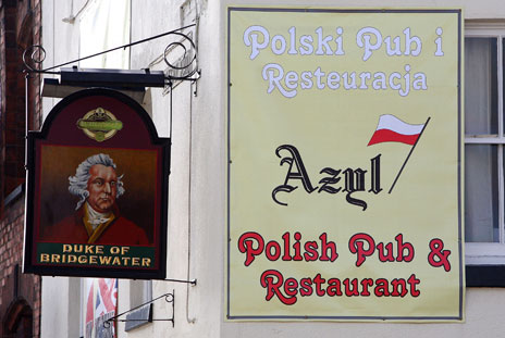 Pub in Crewe with Polish sign