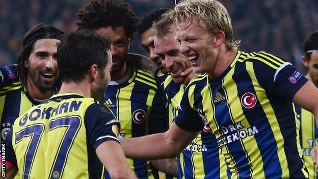 Dirk Kuyt celebrates a goal for Fenerbache