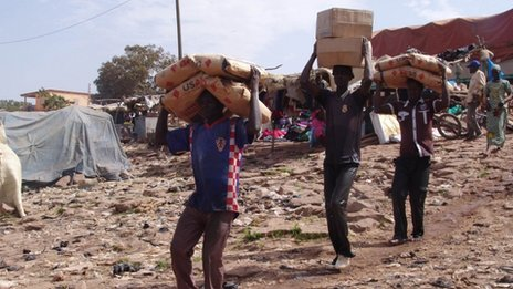 Aid being delivered in Mali