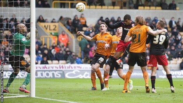 Fraizer Campbell puts Cardiff ahead