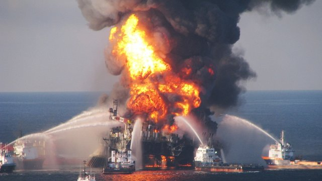 Deepwater Horizon fire