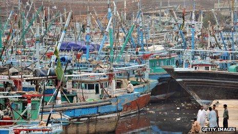 boats at karachi