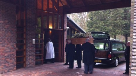 Una Crown's funeral, King's Lynn Crematorium