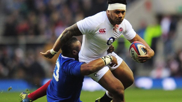 Mathieu Bastareaud tackles Manu Tuilagi