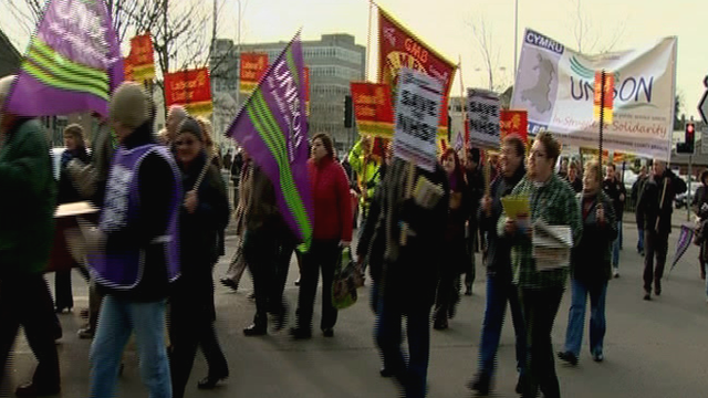 Campaigners protest against Hywel Dda health changes