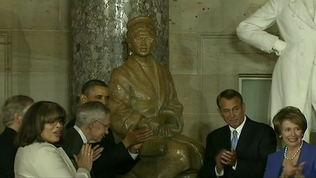 Rosa Parks statue at the US capitol
