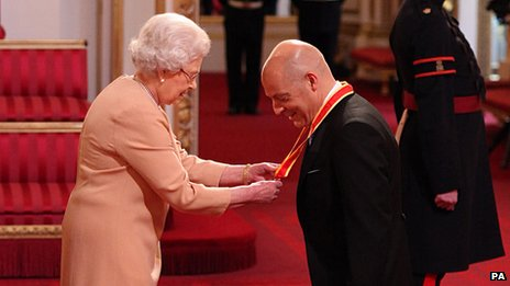 Queen and Sir David Brailsford
