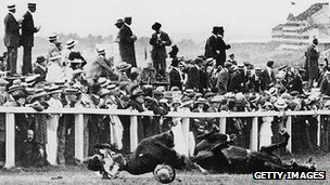 Emily Davison knocked down by the King's horse