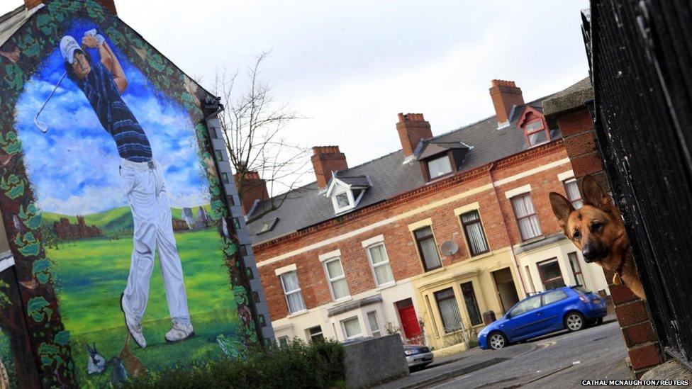 Northern ireland 39 s changing murals bbc news for Mural ireland
