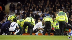 medical staff treating Fabrice Muamba