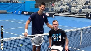 Novak Djokovic and Andy Lapthorne (r)