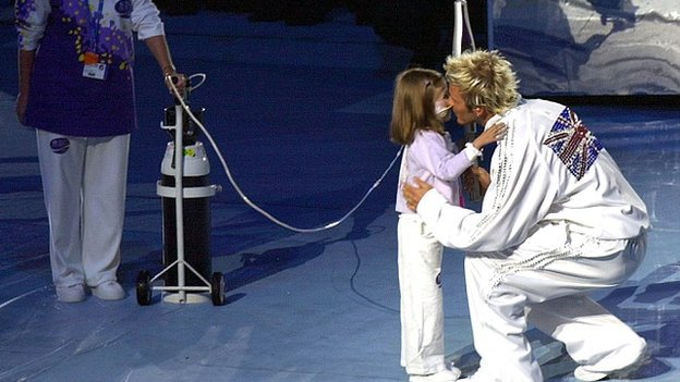 David Beckham was the final relay runner in 2002, with Kirsty Howard
