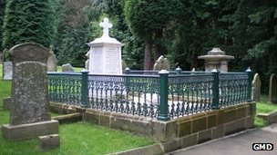 Emily Davison's grave (pic courtesy of Greater Morpeth Development Trust)