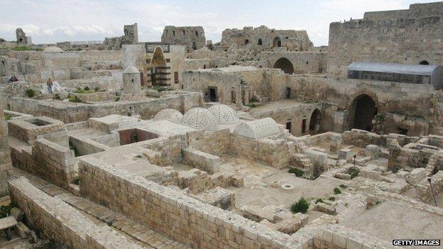 Aleppo citadel in 2006