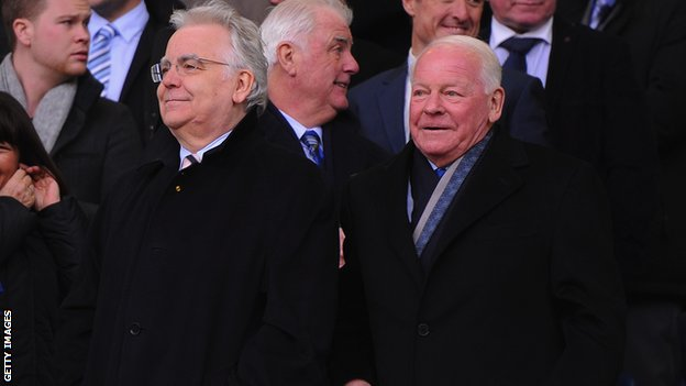 Everton chairman Bill Kenwright and Dave Whelan (right)