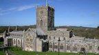Eglwys Tyddewi