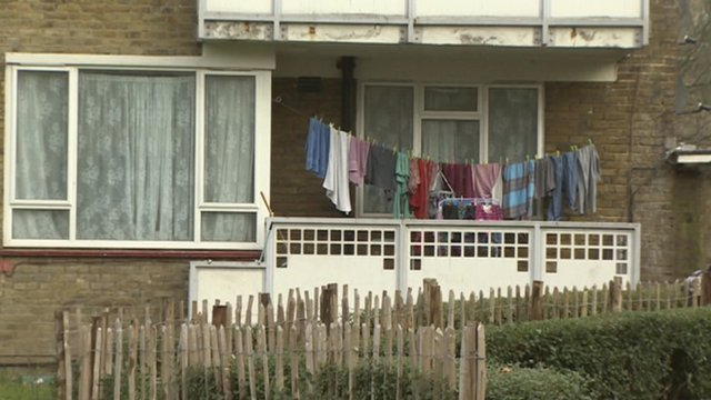 BBC News - Housing benefit: Bedroom tax or spare room subsidy?