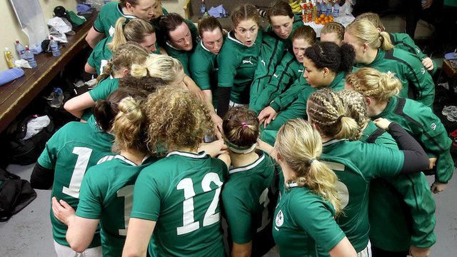 Ireland women before their 15-10 victory over France