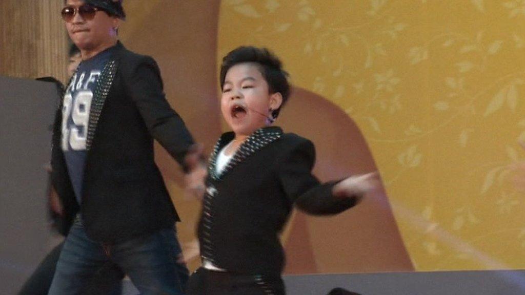 Little PSY dancing