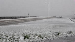 Snowfall along Bulwer Avenue, Guernsey