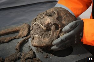 Body found in Charterhouse St excavations