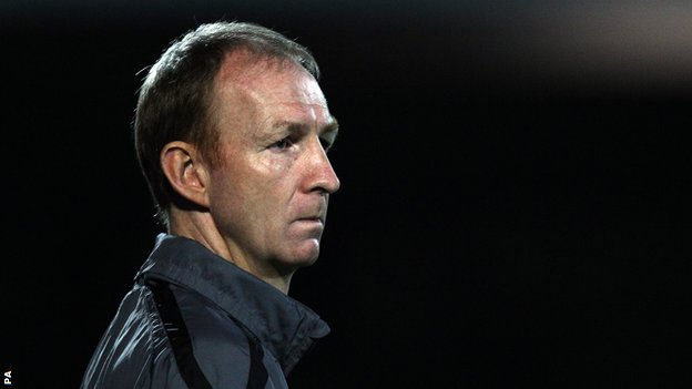 Torquay manager Alan Knill