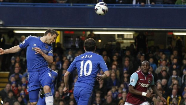Chelsea's Frank Lampard scores his 200th goal for Chelsea