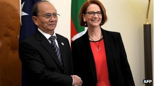 Prime Minister Julia Gillard (R) meets with the President of Myanmar Thein Sein at Parliament House in Canberra March 18, 2013. 
