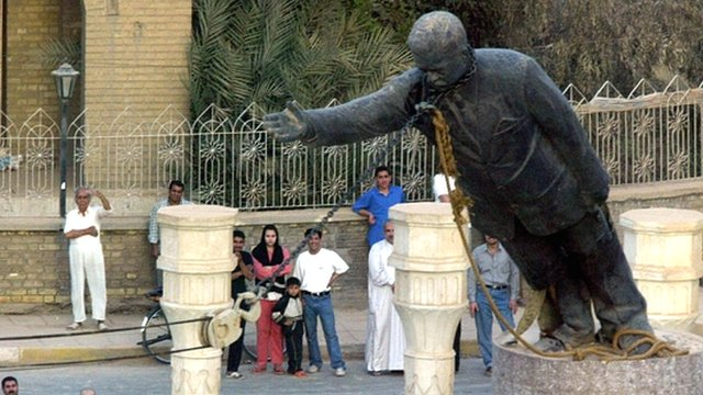 Saddam Hussein statue toppling