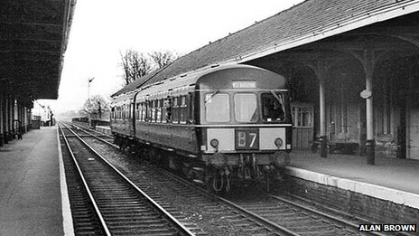 Diesel train at Ripon