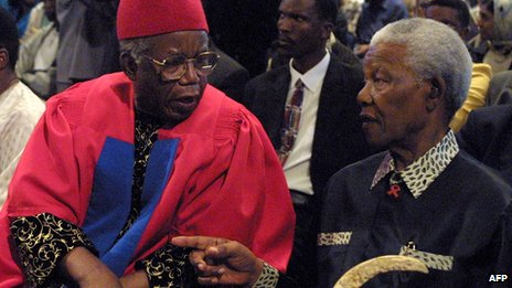 Chinua Achebe and Nelson Mandela in Cape Town in 2002