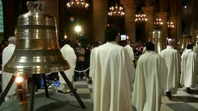 Ceremony to mark installation of Notre Dame's new bells