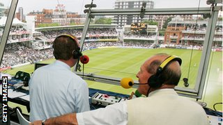Jonathan Agnew and Geoffrey Boycott on commentary duty