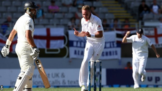 Stuart Broad celebrates dismissing Ross Taylor