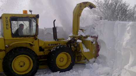 Work on Wednesday to clear snow from more minor roads