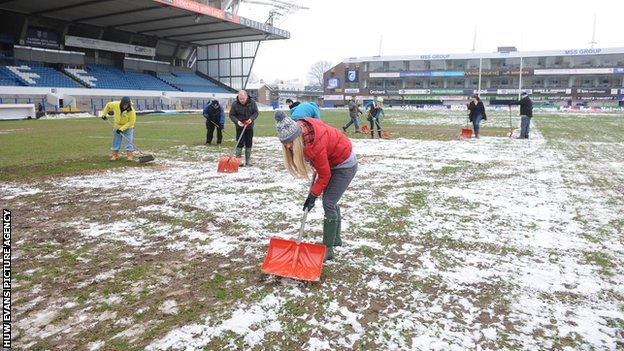 Snow and mud problems could become a thing of the past at the Arms Park
