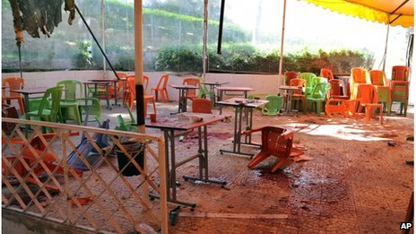 Aftermath of mortar strike at University of Damascus (picture from official Syrian news agency Sana - 28/03/13)