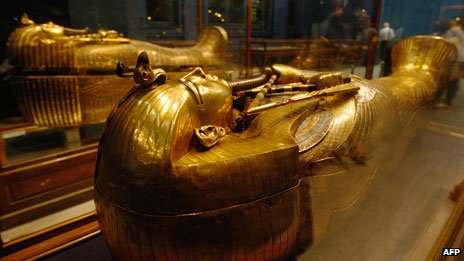 One of Tutenkhamen##Q##s sarcophagi