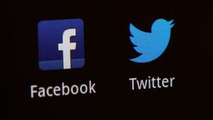 SEC allows firms to use social media