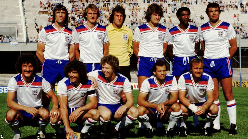BBC Sport - Football kits: Iconic strips - from Moore to ...