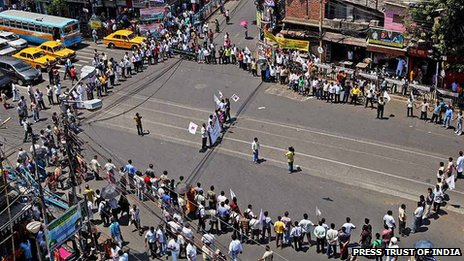 Protests in Calcutta over death of a student