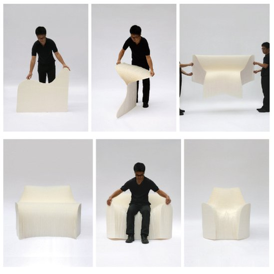 Tokujin Yoshioka folding out his Honey Pop chair