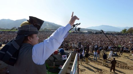 Pakistani former premier and opposition leader Nawaz Sharif addresses supporters during a general election campaign in the northwestern town of Mansehra on March 25, 2013.