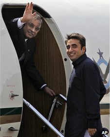 file photo of Pakistani President Asif Ali Zardari, left, and his son Bilawal Bhutto Zardari