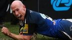Peter Stringer scores a try for Bath