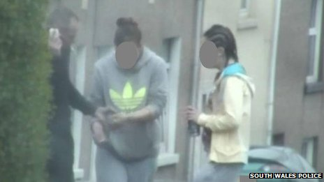 Police surveillance image of Lee Ackers involved in a drug deal