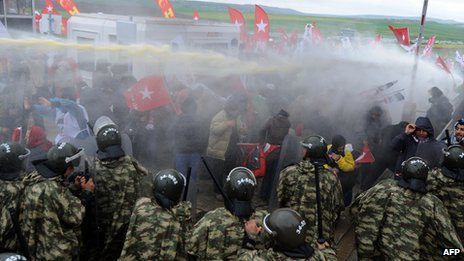 Silivri courthouse clash, 8 Apr 13